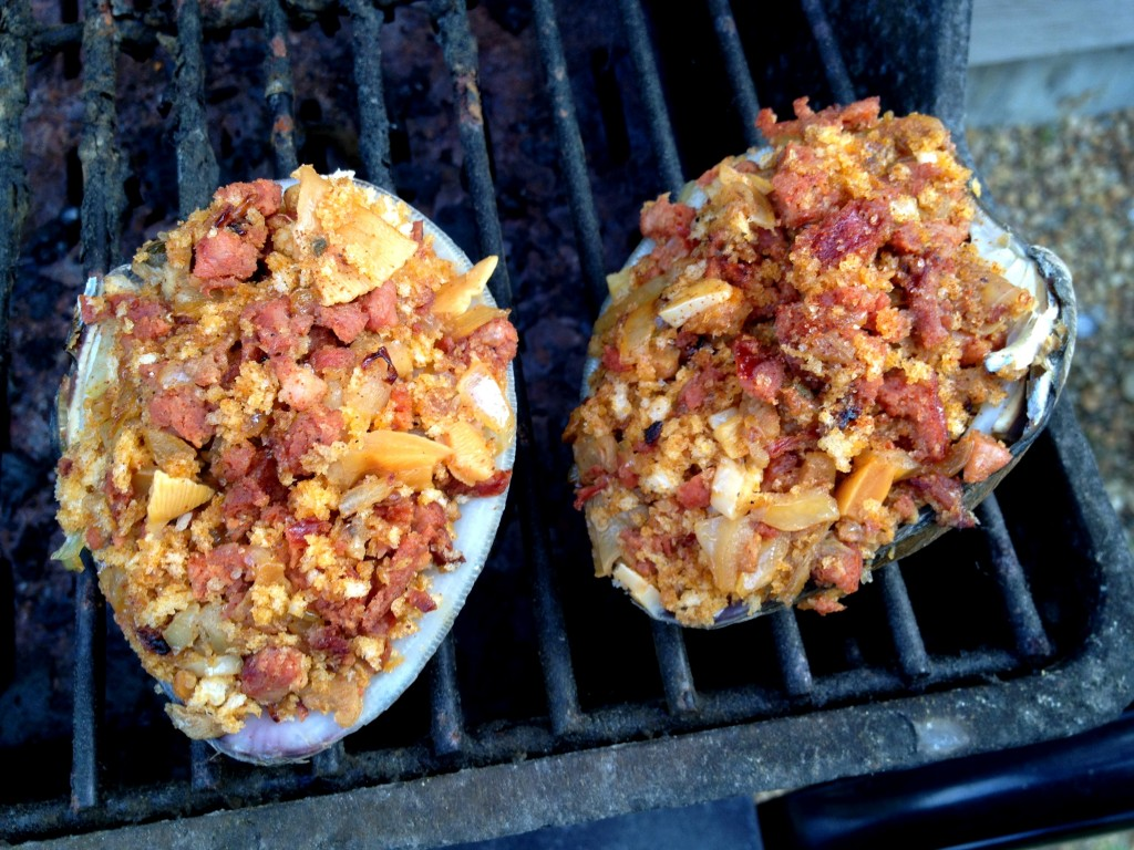 Grilled-Stuffed-Quahogs-2