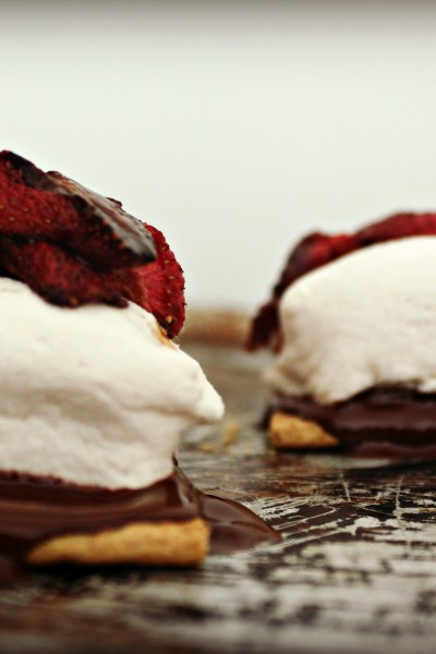 Roasted Strawberry S'mores