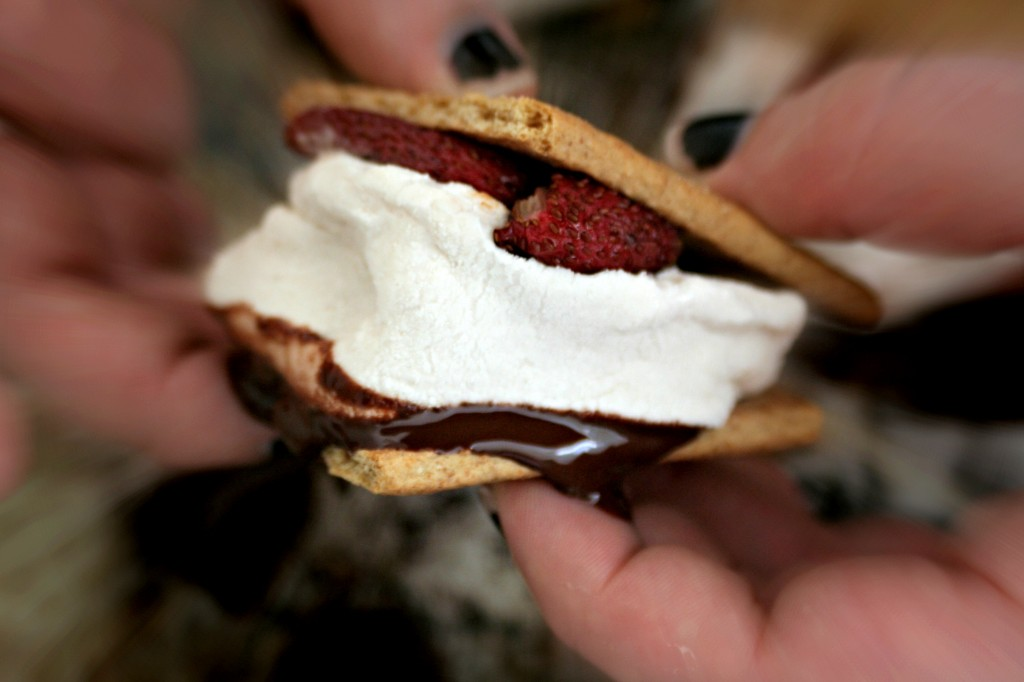 Roasted Strawberry S'more