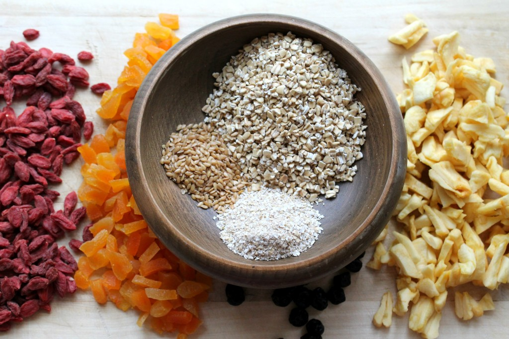 These DIY Instant Oatmeal Packets will be a life saver on busy ...