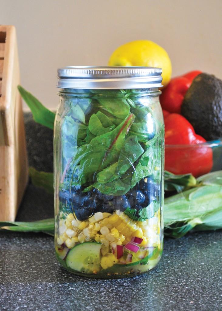 Mason_Jar_Salad-corn_blueberry