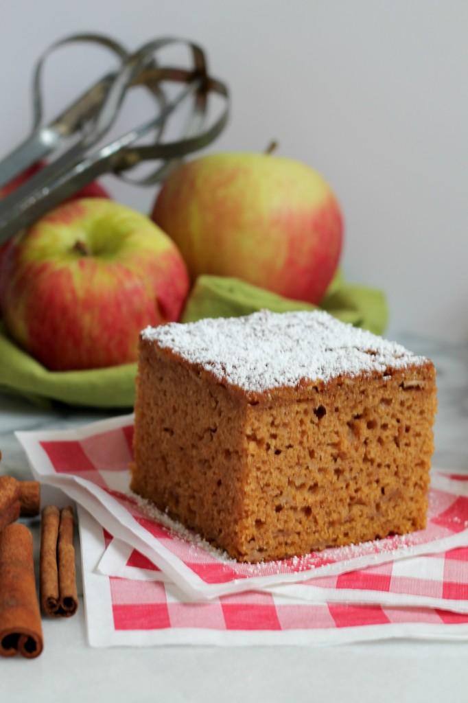 Spiced Apple Pumpkin Snack Cake 1