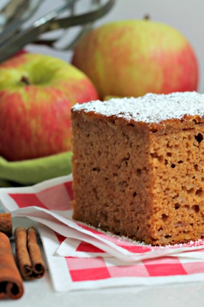 Spiced Apple Pumpkin Snack Cake