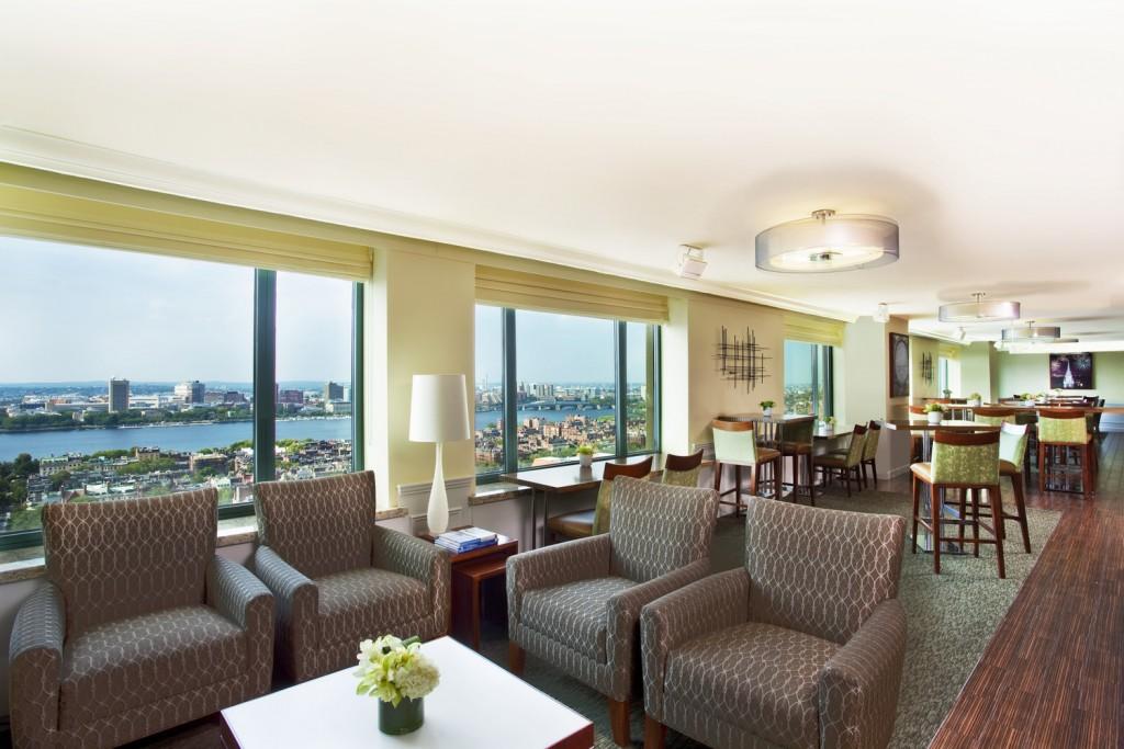 she430cl-174197-Club Lounge (1)