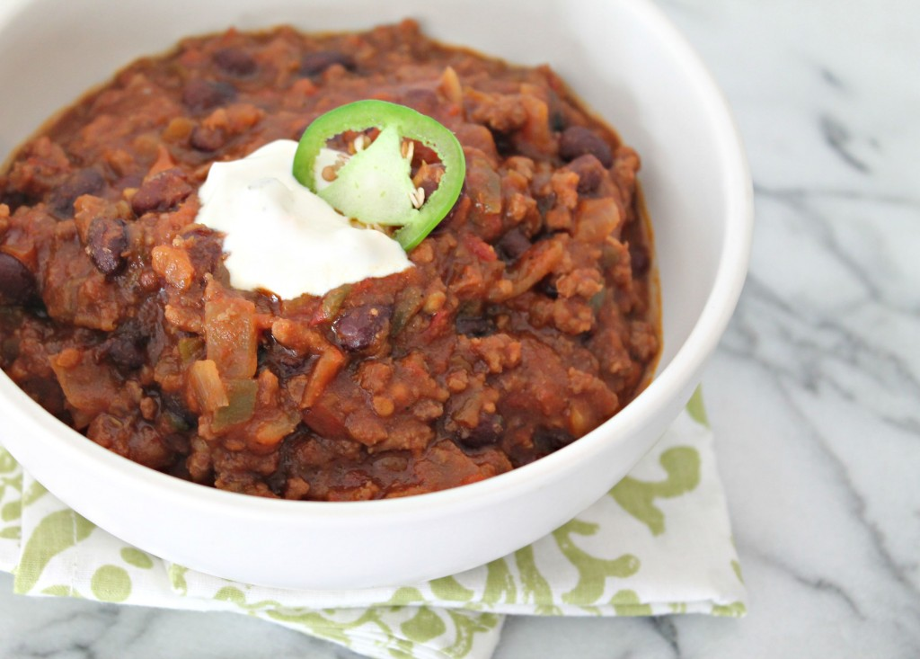5-ingredient chili m perfect for football season!