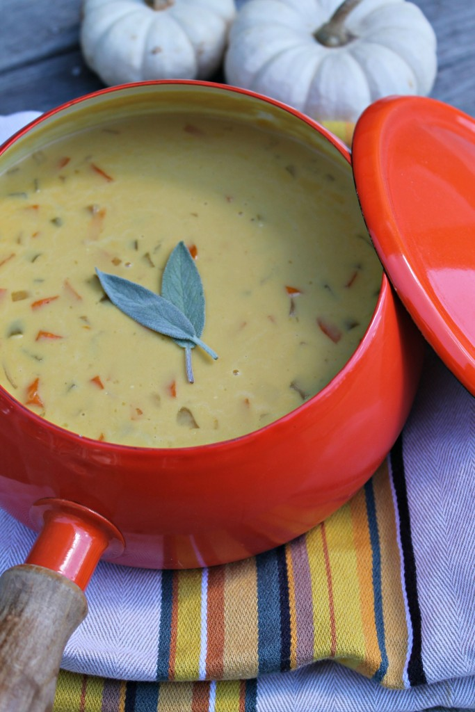 We're totally loving this recipe for Beer Cheese Soup!