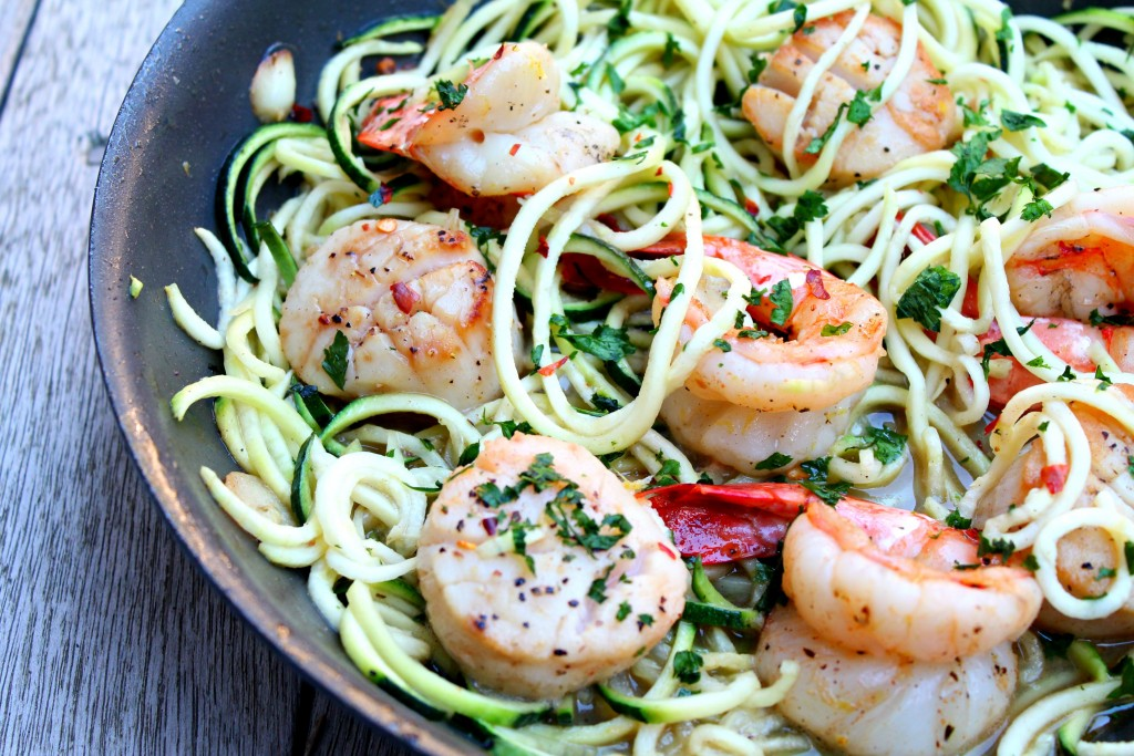 Shrimp and Scallop Scampi with Zucchini Noodles 01