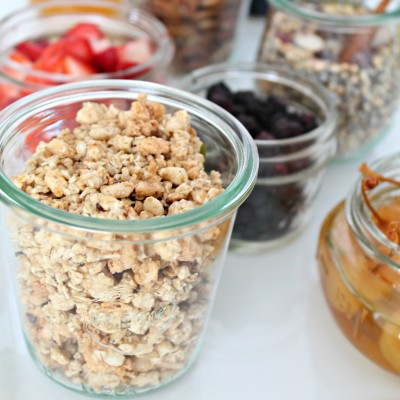 Easy Brunch Ideas: DIY Yogurt Bar