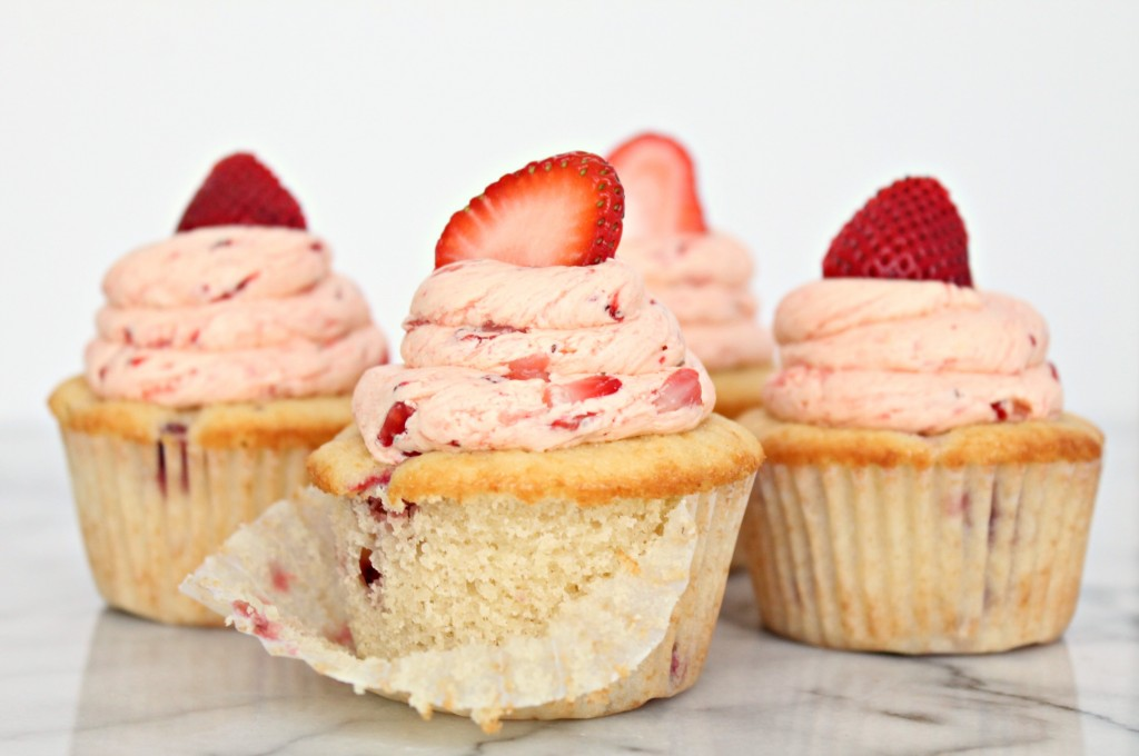 Fresh Strawberry Cupcakes Recipe - Get it from CookingWithBooks.net