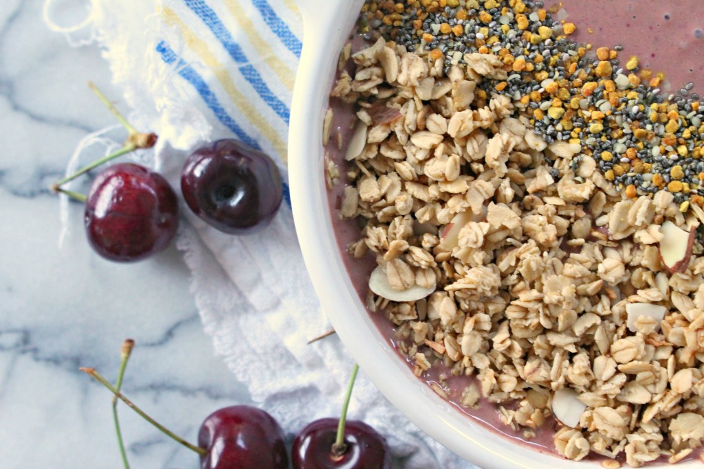 Chocolate Cherry Granola Smoothie Bowl is the perfect recipe for breakfast!
