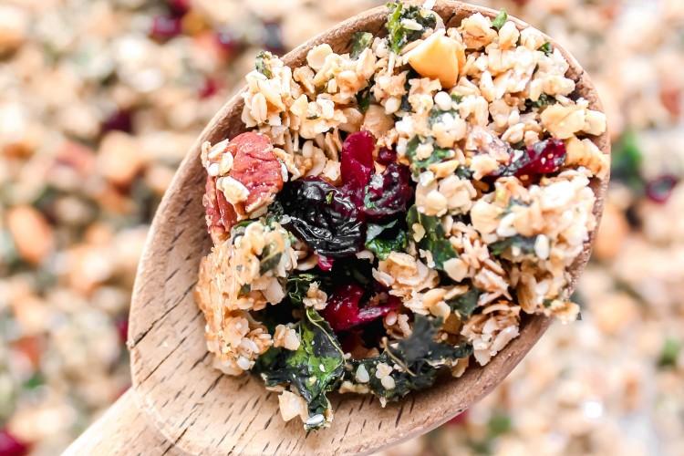 Healthy Kale Granola