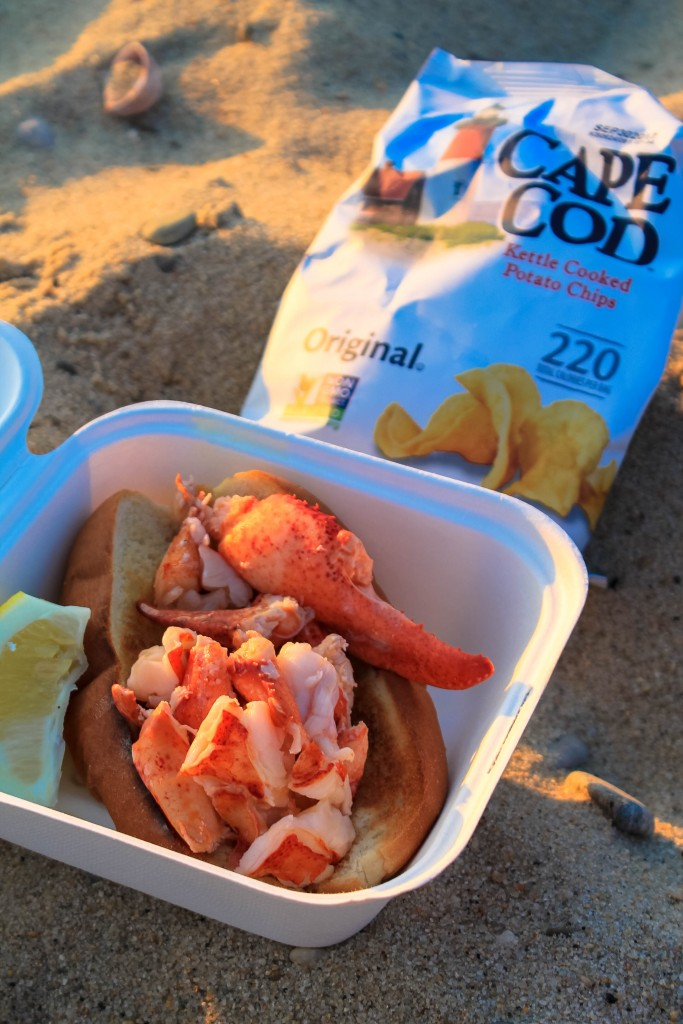 Up Island Lobster Roll-1